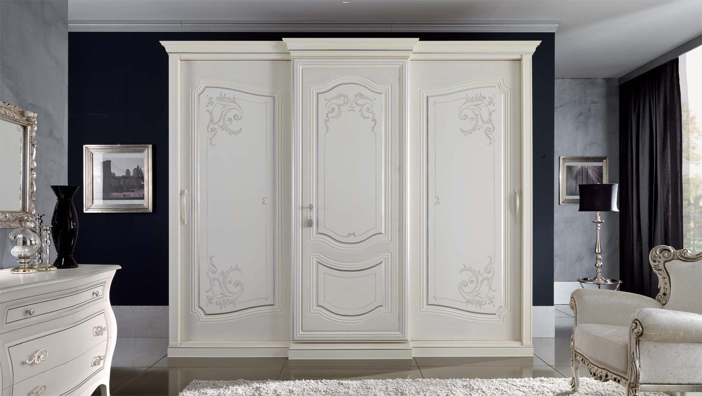Armadio canaletto arredamento elegante per la camera da for Costruito in armadi per camera familiare