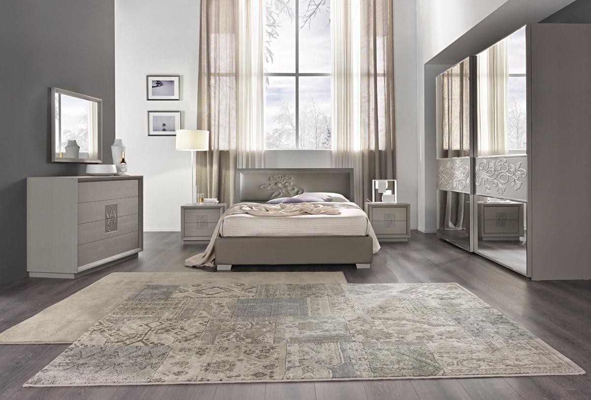 Artemide frassinogrey composizione 81 ante legno - Specchi per camera da letto classica ...