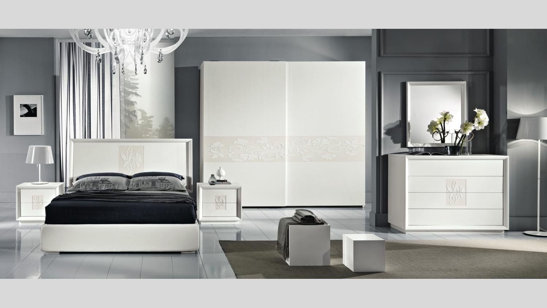 Camera Da Letto Legno Bianco : Camere da letto classiche e moderne economiche in sicilia