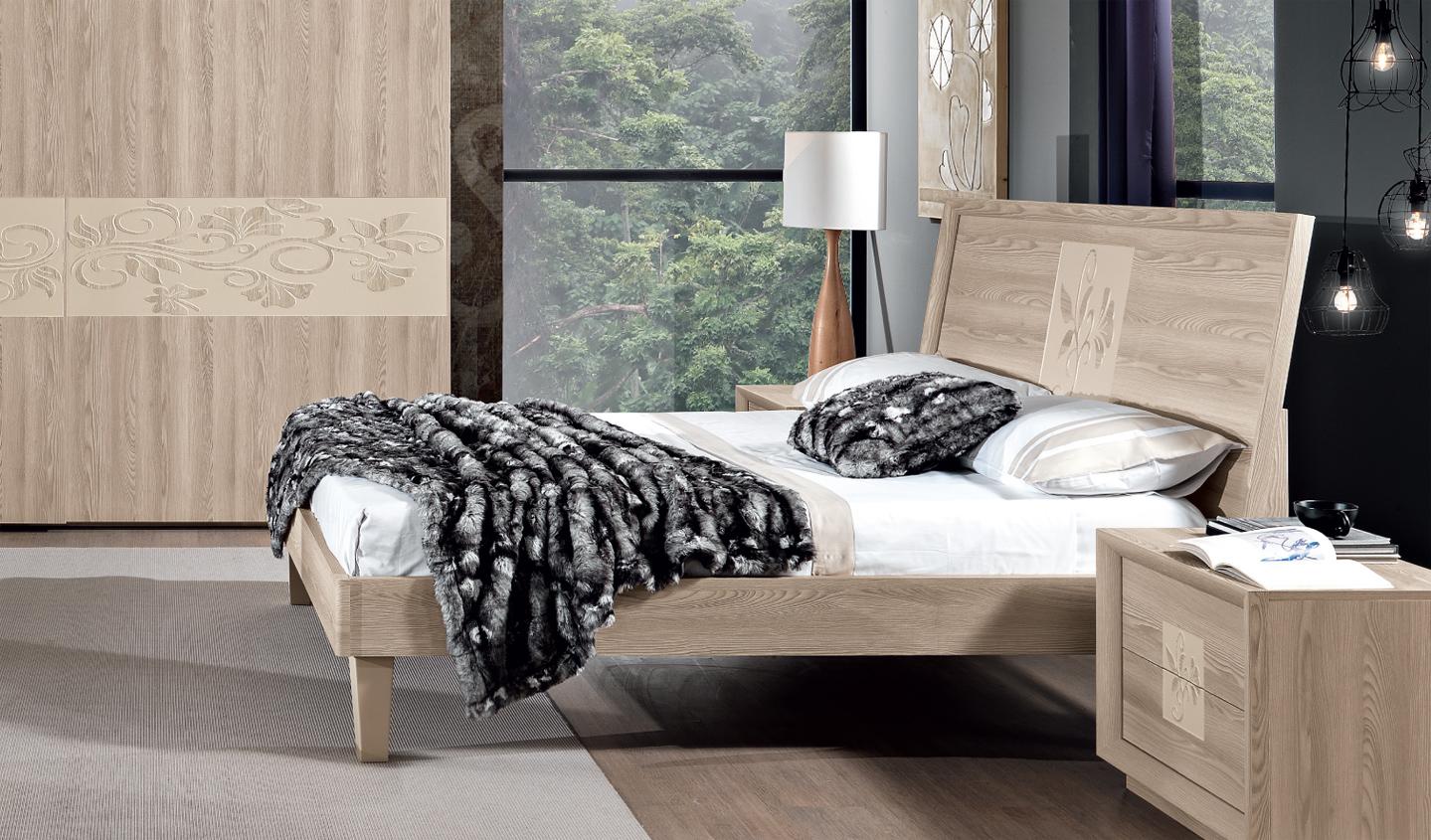 Artemide letto moderno made in italy - Specchi per camera da letto classica ...