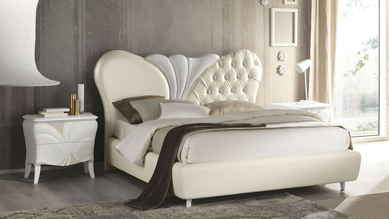 Testiera letto con swarovski design del for Design moderno del letto
